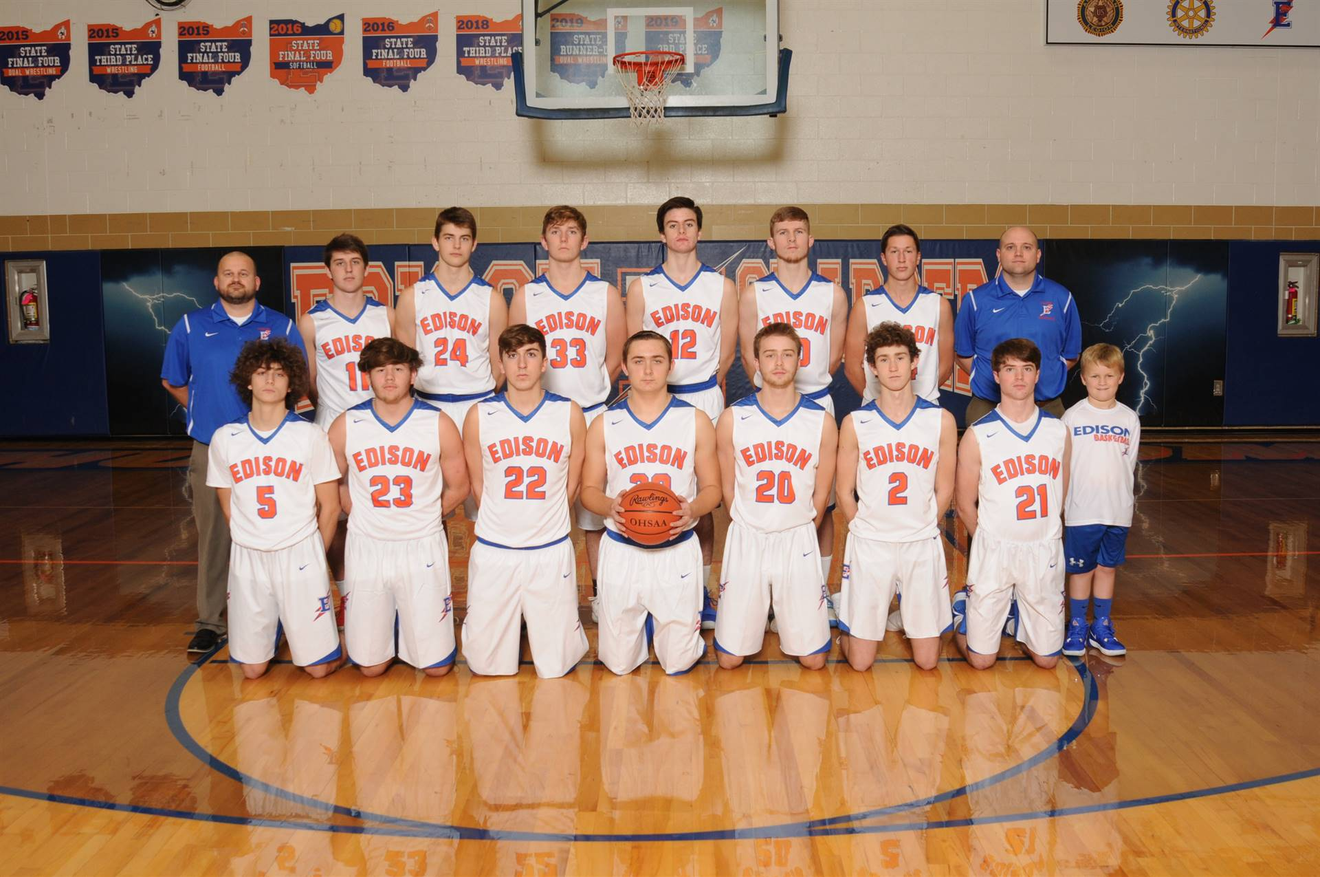 2019 Varsity Boys Basketball Team
