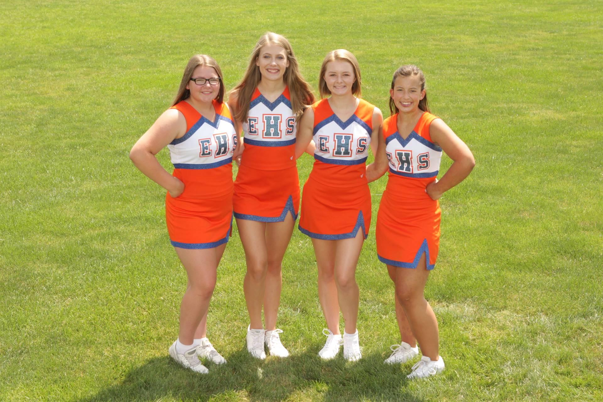 2019 Fall Cheerleader Photos