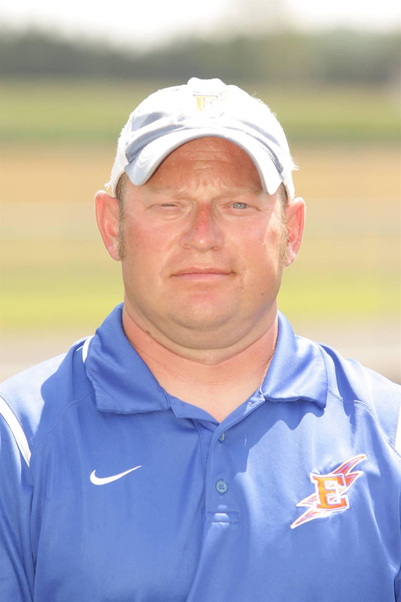 Assistant Coach - Dean Shelley